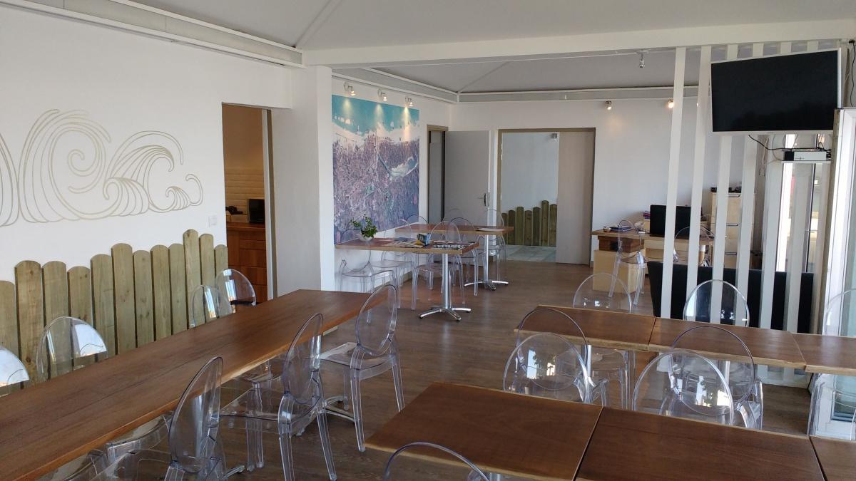 salle - petit déjeuner - Korner Hôtel - Capbreton