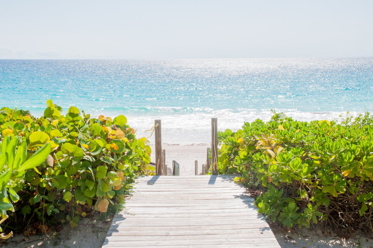 Plage - lodge - Coral Sands Hotel - Bahamas