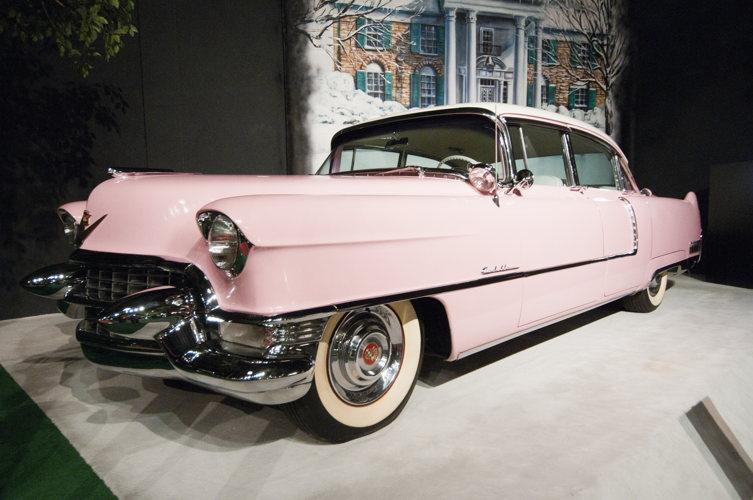 Croisière sur le Mississippi : La Cadillac rose d'Elvis à Memphis