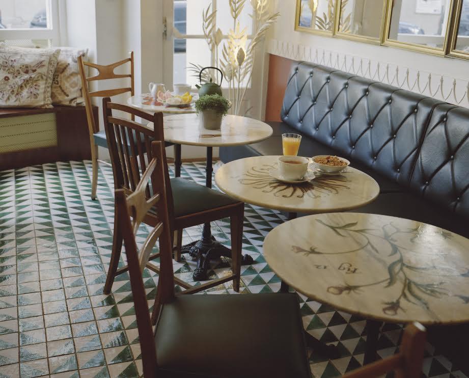 banquettes et esprit bar - l'Hôtel du Temps - Paris