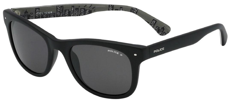 Voyagez stylés avec la Collection de lunettes solaires de Police 02
