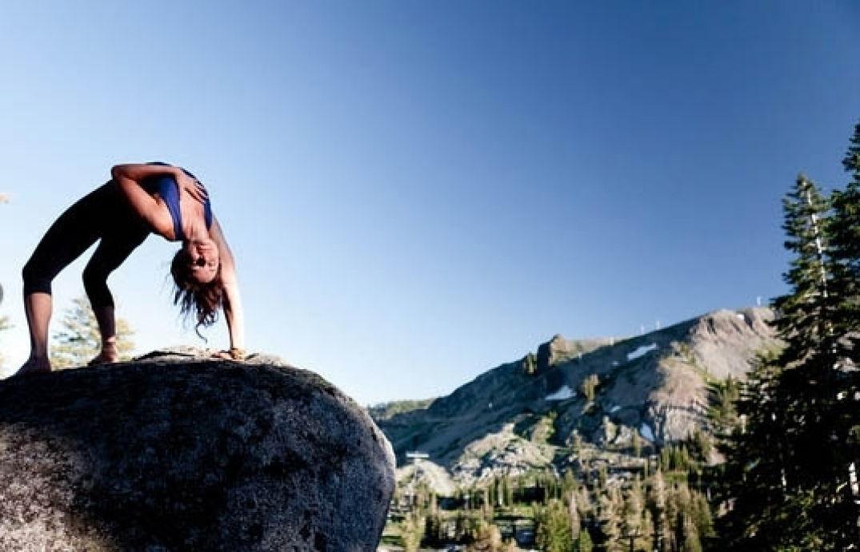 La souplesse pour cette collection de yoga
