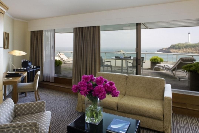 Dans ma suite de luxe au Miramar à Biarritz