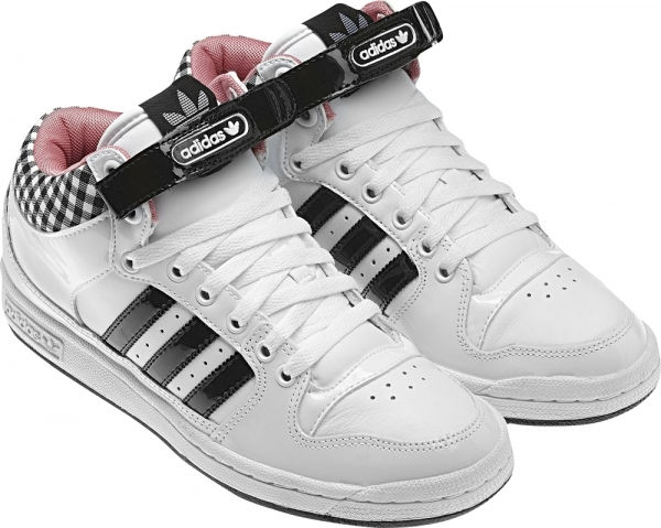Adidas et son style en vichy