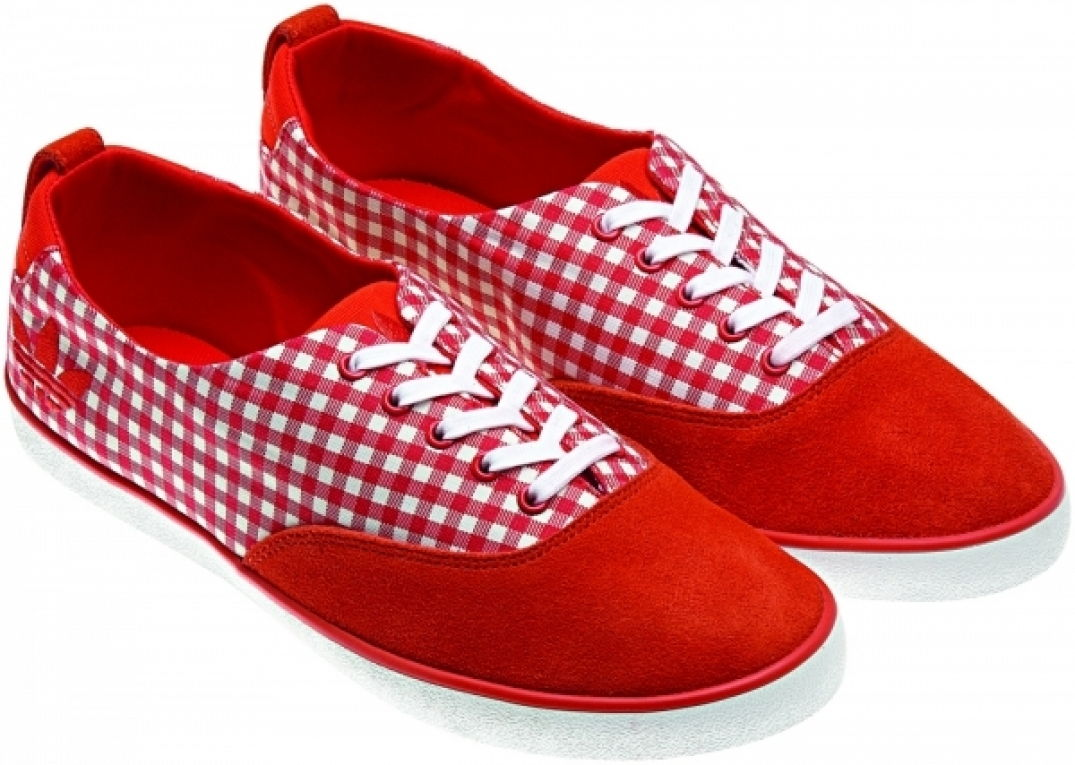 Rouge Vichy pour adidas