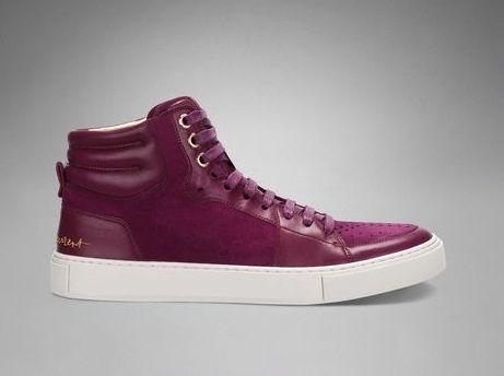 Version bordeaux pour ces sneakers YSL