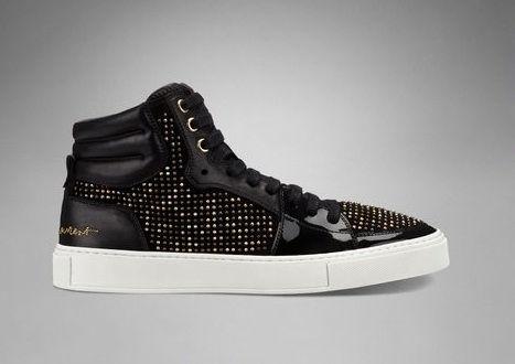 Version noire pailletée pour les sneakers YSL