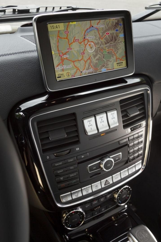 GPS moderne et élégant pour ce classe G de Mercedes Benz
