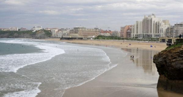 La plage de Biarritz l'irrésistible