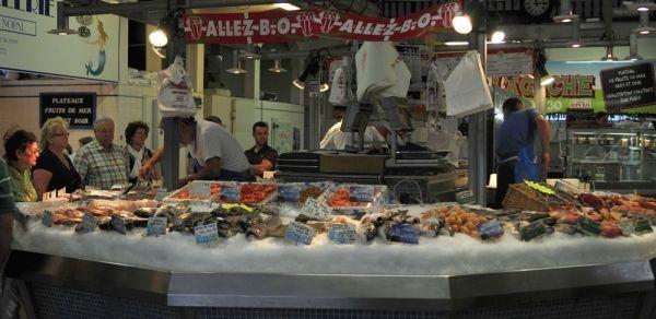 Au marché à Biarritz