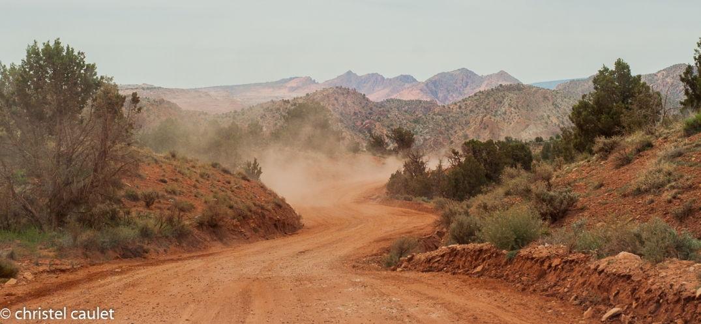 Road-trip USA - poussière du sable - désert de Buchskin Gultch