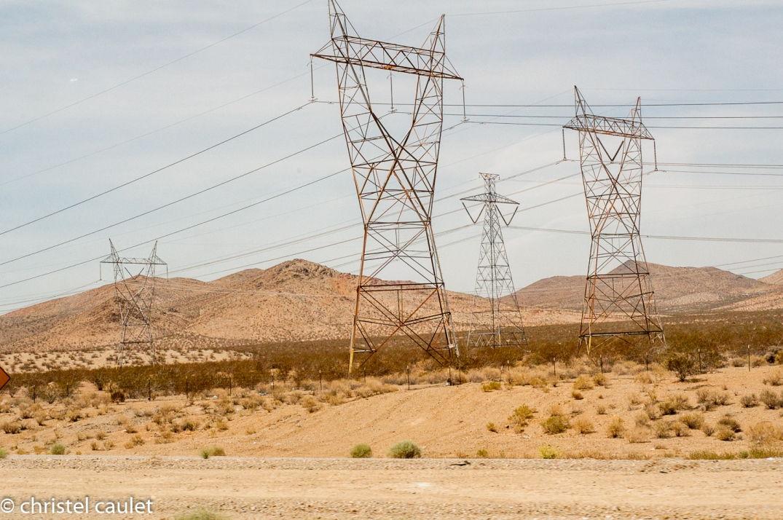 Les piliers électriques dans l'ouest américain