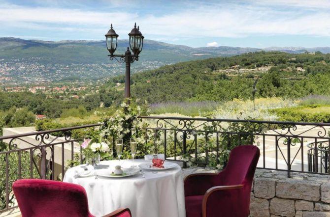 Le restaurant de l'hôtel Le Mas Candille à Cannes