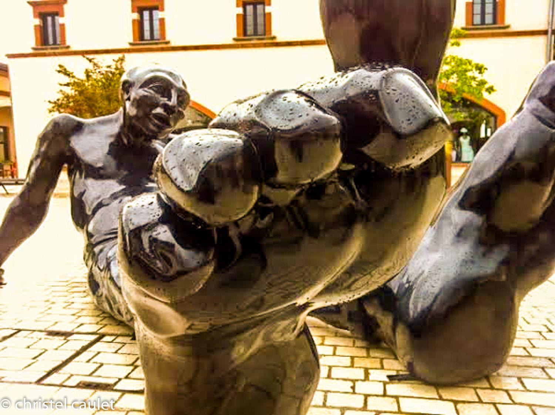 Les sculptures Bigfoot à Nailloux à découvrir 3