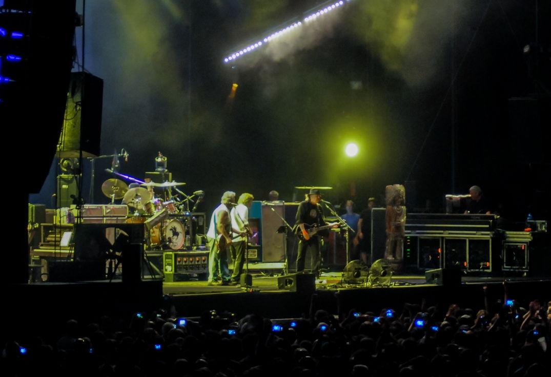 Neil Young sur la scène de Big Festival à Biarritz