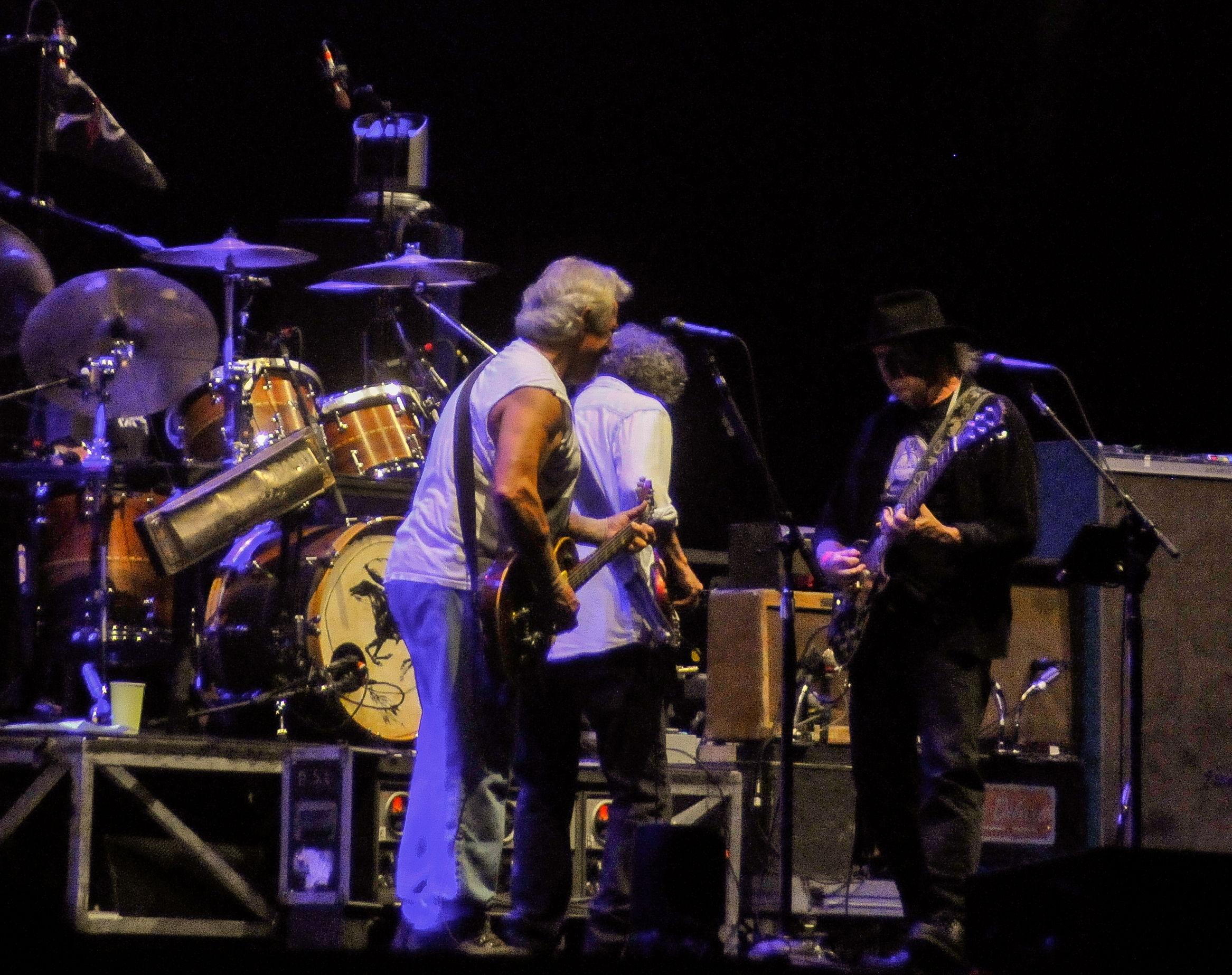 Un duo de guitare avec Neil Young à Big Festival à Biarritz