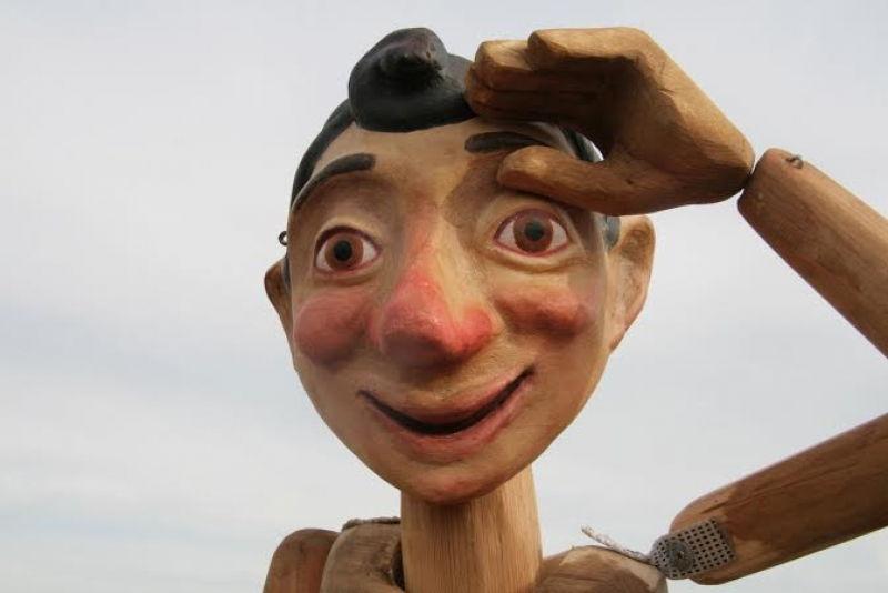 Arts créatifs mis en scène au festival Benvinguts al Grec à Barcelone