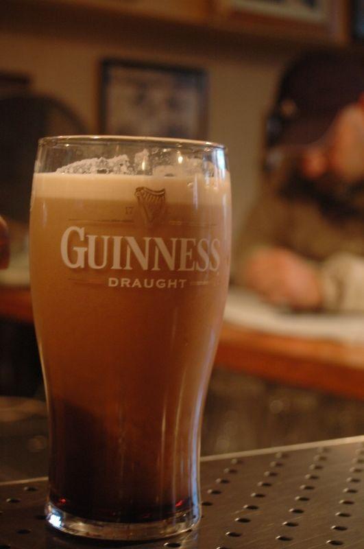 Mousseuse la pinte de Guinness, il faut attendre un peu
