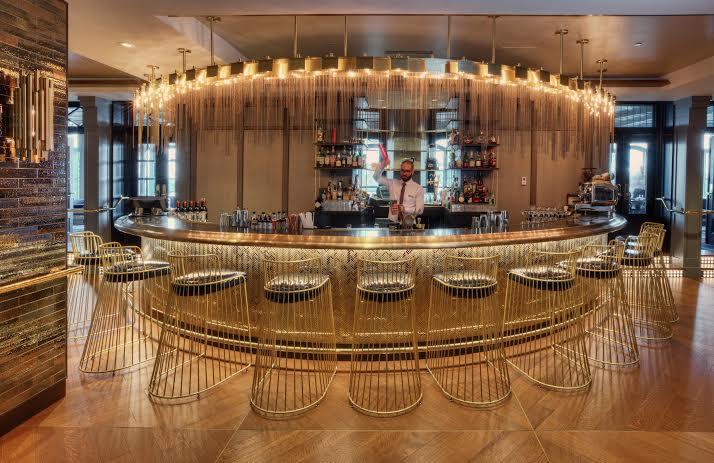 Le bar design de l''hôtel Fairmont le Château Frontenac à Québec