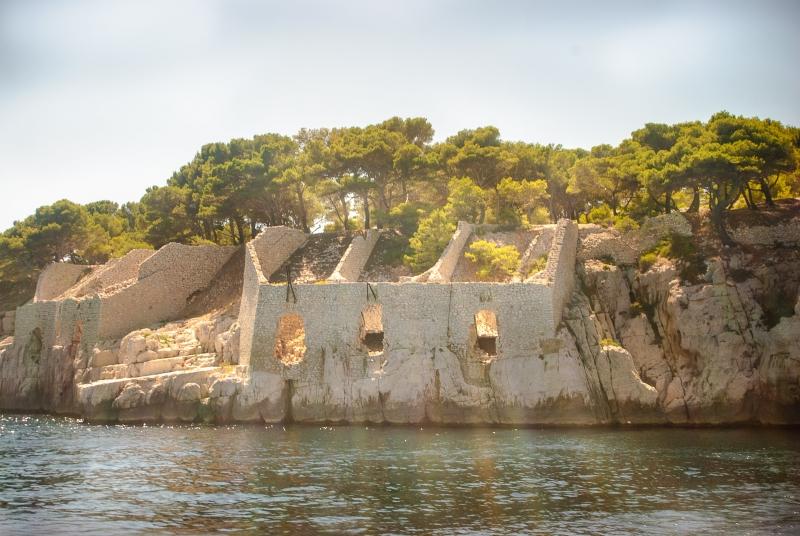 Des constructions passées dans les calanques de Marseille