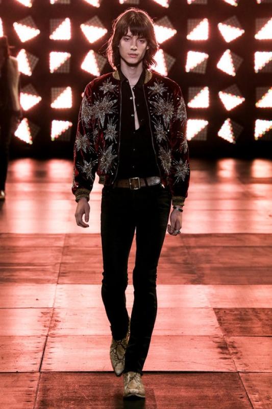 Look pour Yves Saint Laurent