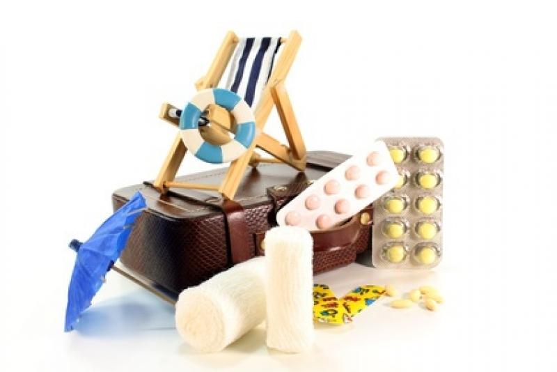 L'indispensable du voyage : la trousse de médicament