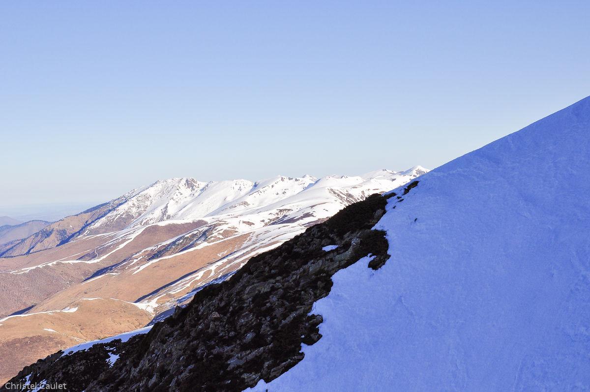 Des vues magnifiques sur les Pyrénées depuis Peyragude