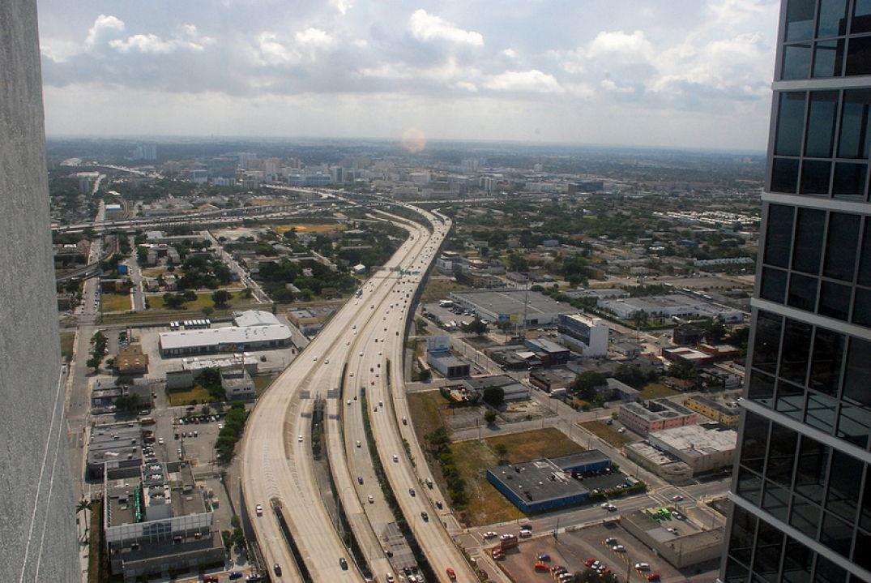Vue sur la Highway à Miami
