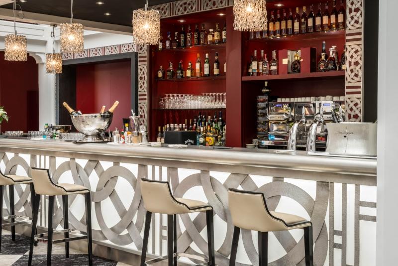 Le bar lounge du Régina Hôtel à Biarritz