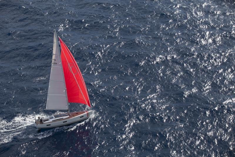 L'Auréus XV Absolute, le luxe d'un voilier 100% carbone