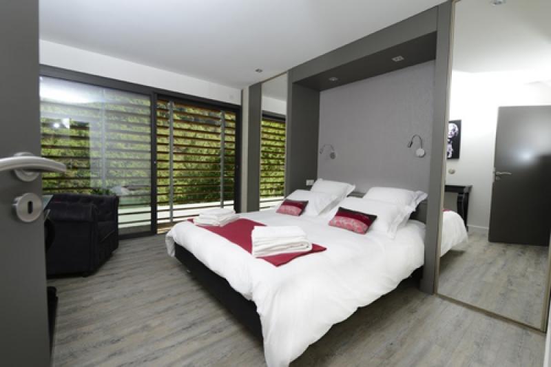 Dans la chambre du gite luxe en Aveyron