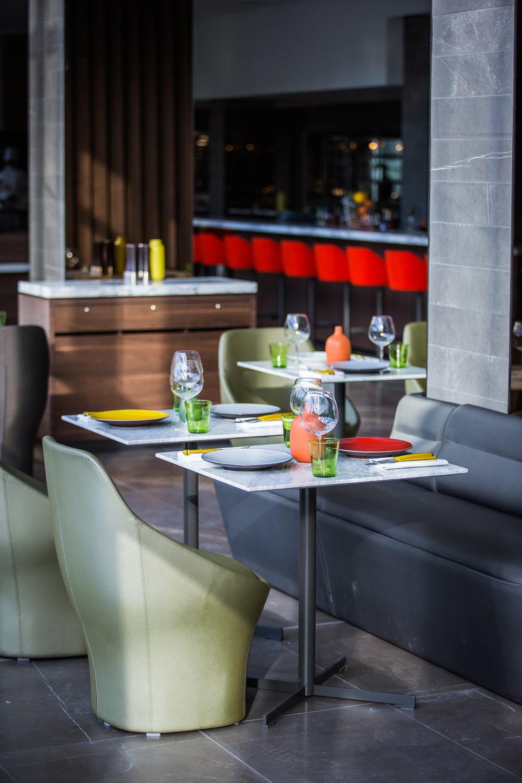 Une table pour un diner romantique au Fr/ame à Paris