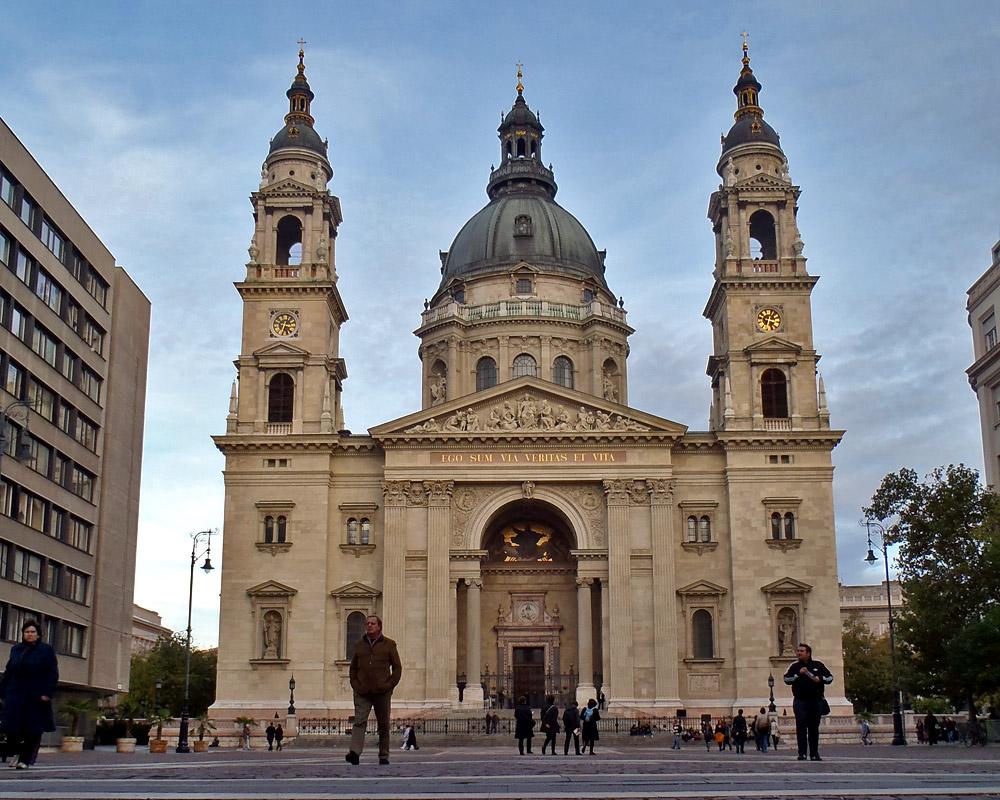 Une cathédrale à Budapest