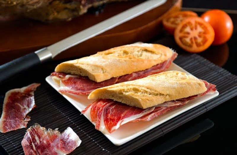 Des sandwichs de Jambon de Enrique Tomas