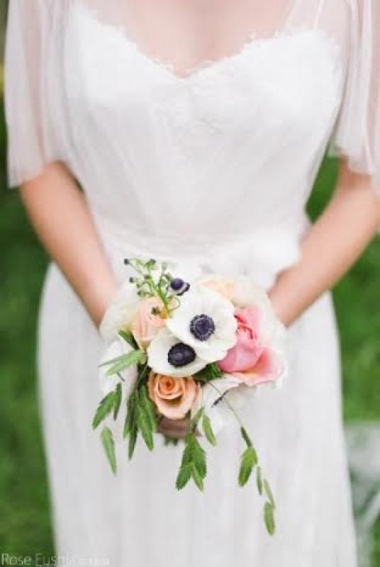 Un joli bouquet floral pour un mariage