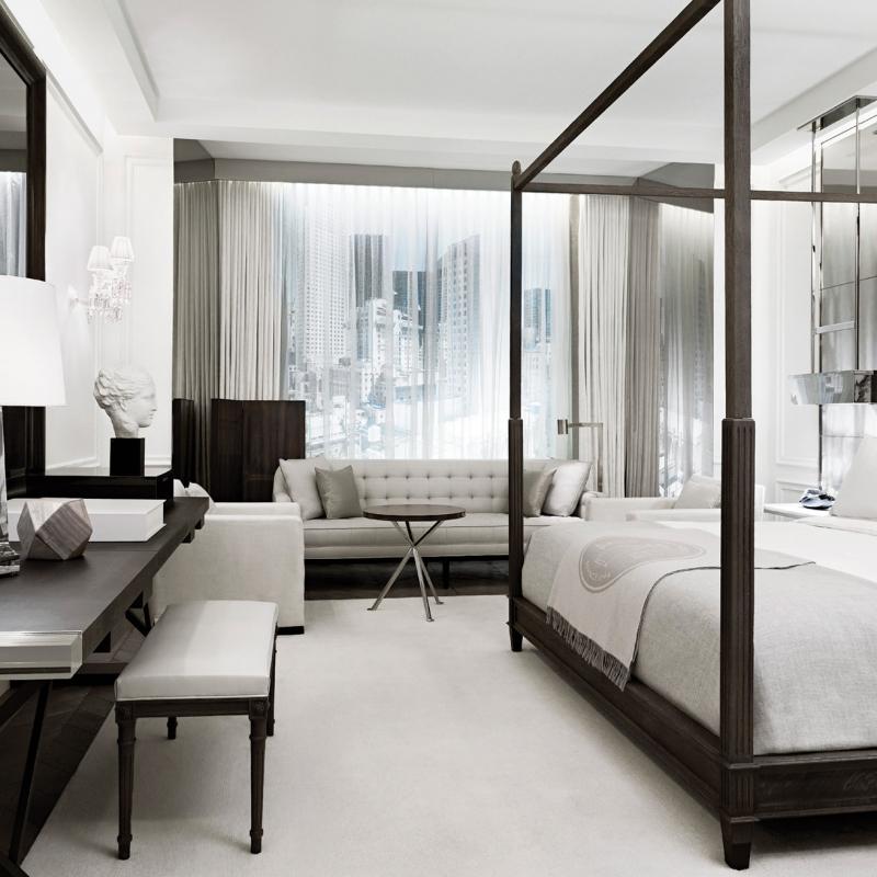 Dans une des chambres confortables du Baccarat Hôtel à New York
