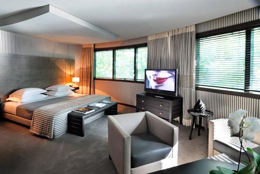 Design et luxe pour une chambre de luxe à l'hôtel Square à Paris