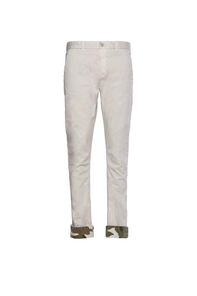 Un jean blanc doublé