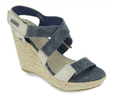Des sandales couleur jean