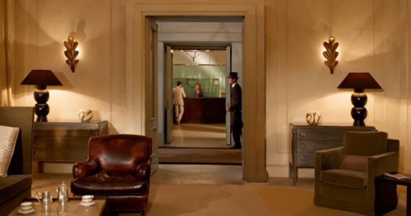 Dans les salons de l'hôtel de Russie à Rome