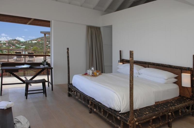 Une autre des chambres équipées de l'hôtel le Sereno à Saint Barthélemy