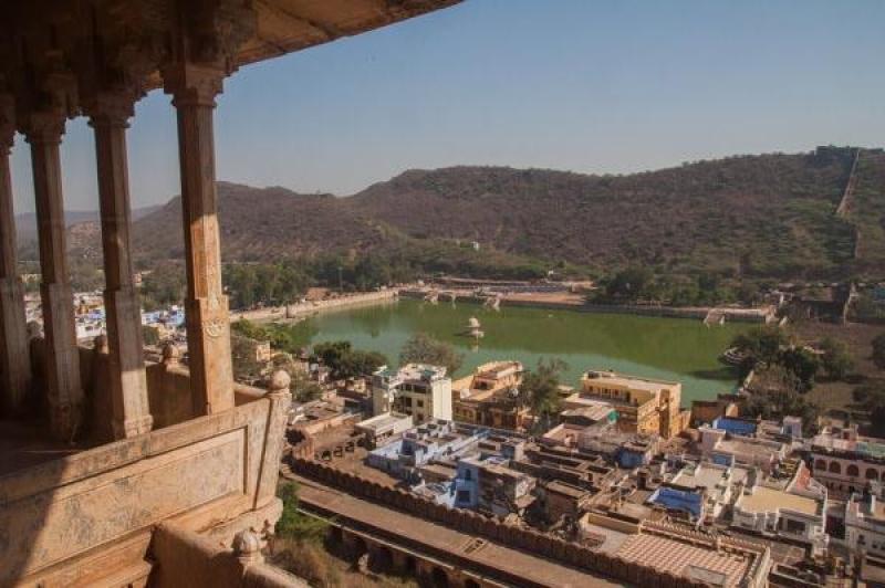 Vue sur le lac de Bundi en Inde
