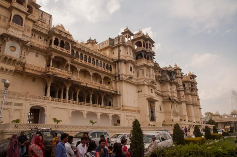 Une vue sur le City Palace à Udaipur en Inde