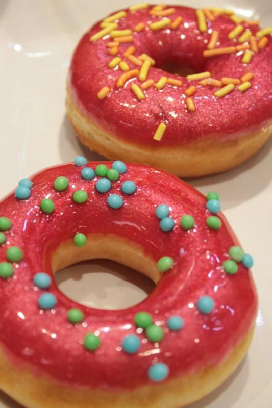 Donuts rose : Copyright Dawn
