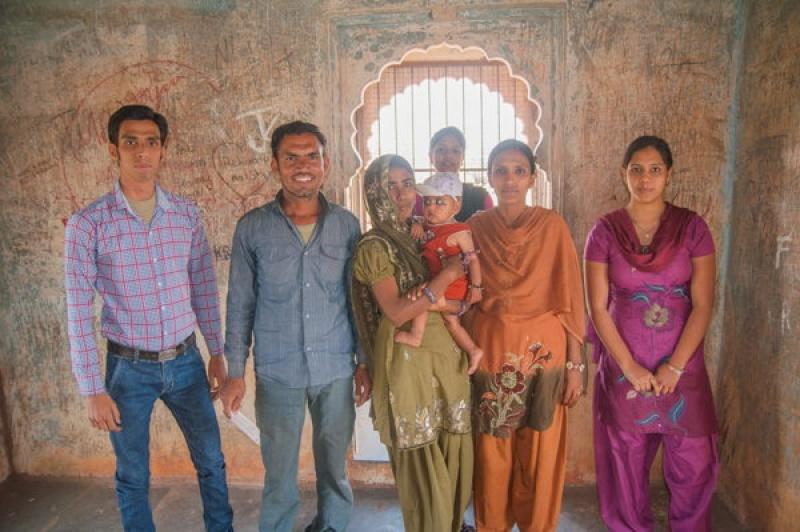 Une famille croisée lors d'une visite