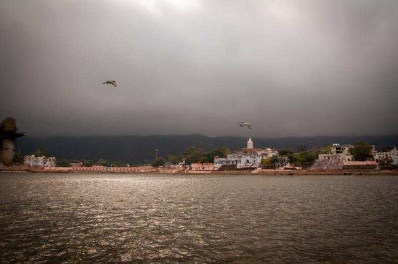Temps orageux à Pushkar en Inde