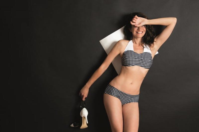 Des maillots de bains parfaitement adaptés pour les femmes ayant eu un cancer du sein