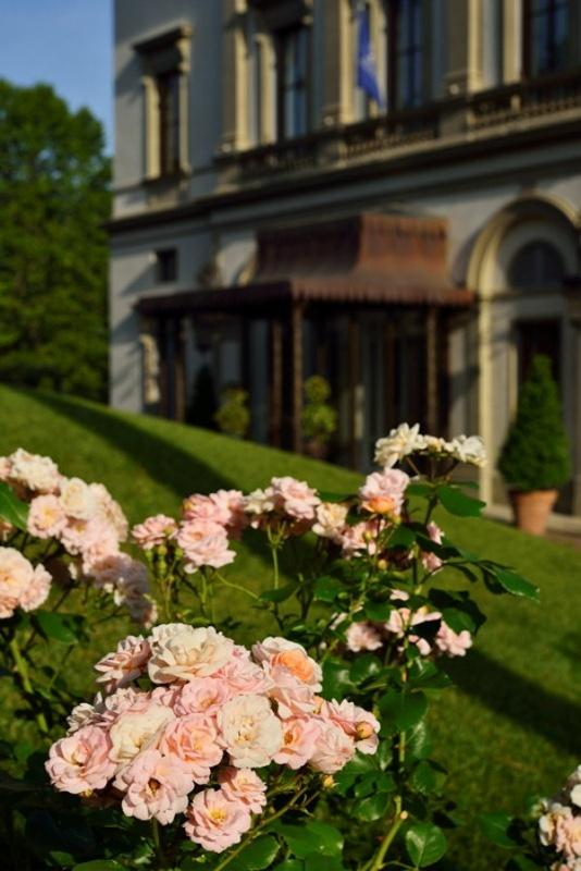Dans le jardin de la villa Cora à Florence