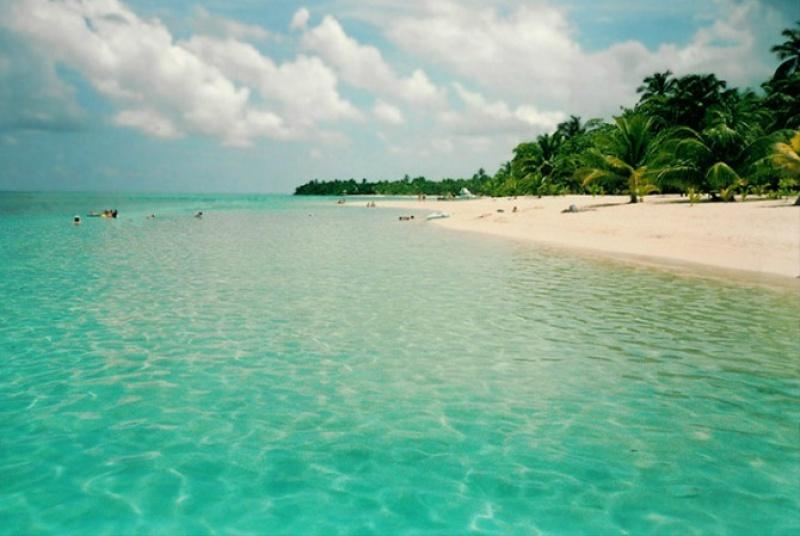 Les plages paradisiaques à Honduras aux Caraïbes