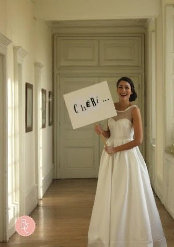 Des robes qui portent le message haut par Bérengère Cardera